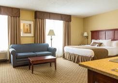 Barrington Hotel & Suites - Branson - Bedroom