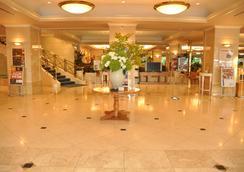 Hotel Cadenza Hikarigaoka - Tokyo - Lobby