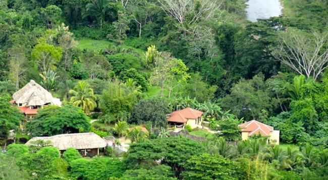 Sleeping Giant Rainforest Lodge - Belmopan - Outdoor view