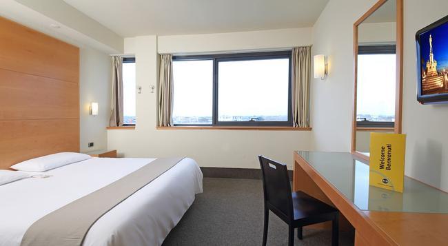 B&B Hotel Pisa - Pisa - Bedroom