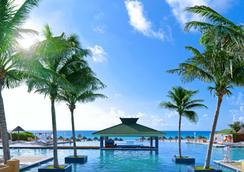 Iberostar Cancun - Cancun - Pool