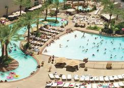 Monte Carlo Resort and Casino - Las Vegas - Pool