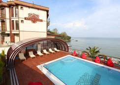 Sinop Antik Hotel - Sinop - Outdoor view