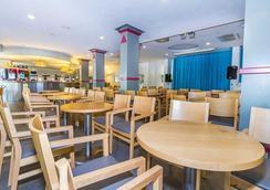 Eix Lagotel - Can Picafort - Restaurant