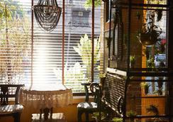 Old Capital Bike Inn - Bangkok - Lobby