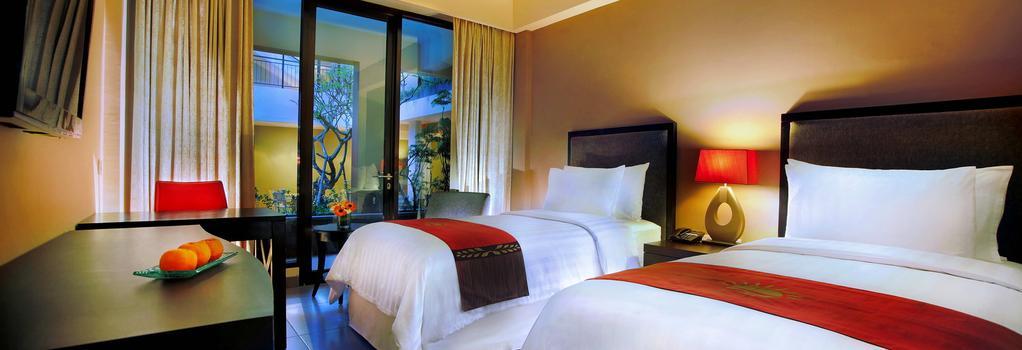 100 Sunset Hotel Managed By Eagle Eyes - Kuta - Bedroom