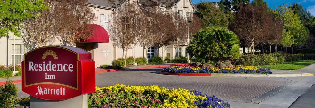 Residence Inn by Marriott Pleasanton - Pleasanton - Building