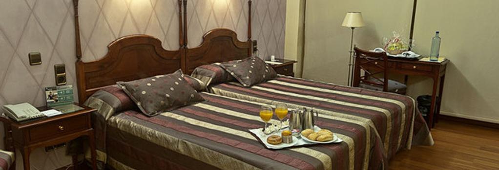 Hotel Ciudad de Vigo - Vigo - Bedroom
