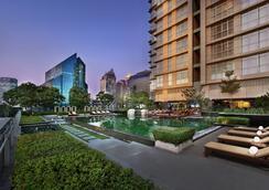 Sathorn Vista, Bangkok - Marriott Executive Apartments - Bangkok - Pool
