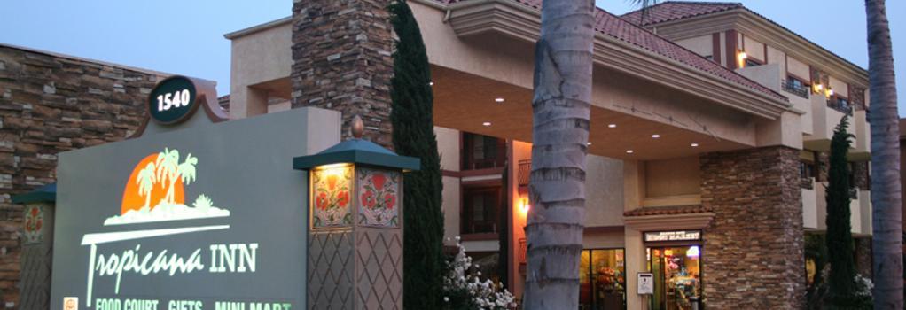 Tropicana Inn and Suites - Anaheim - Building