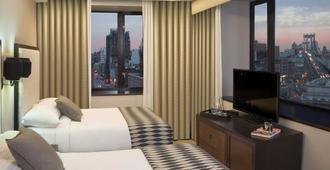 Leon Hotel - New York - Bedroom