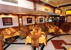 Radhika Beach Resort - Diu - Restaurant