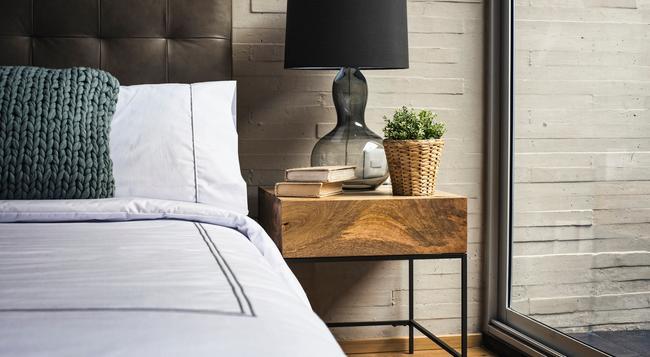 Ar 218 - Mexico City - Bedroom