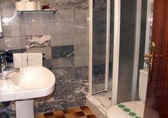 Hotel Parma - El Pas de la Casa - Bathroom