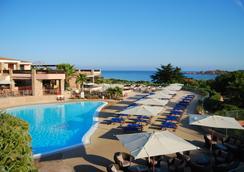 Hotel Marinedda Thalasso & Spa - Isola Rossa - Pool