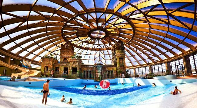 Aquaworld Resort Budapest - Budapest - Attractions