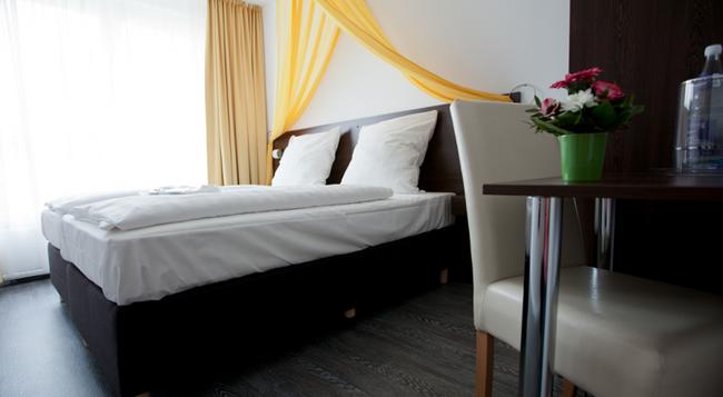 Hotel Kiez Pension Berlin - Berlin - Bedroom
