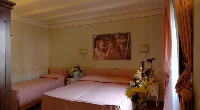 Locanda San Barnaba - Scarperia - Bedroom