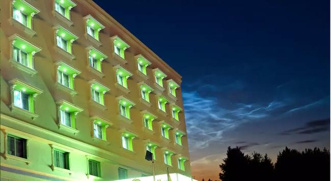 Sandhya Hotel - Hyderabad - Building
