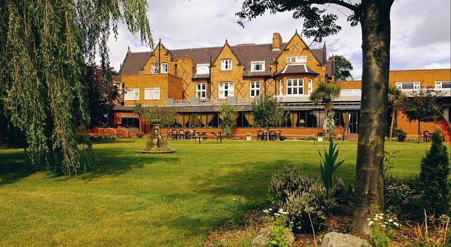 Brook Mollington Banastre Hotel And Spa - Chester - Building