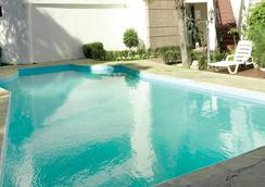 La Colonia - Cochabamba - Pool