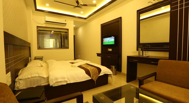 Green View by One Hotels - Rishikesh - Bedroom