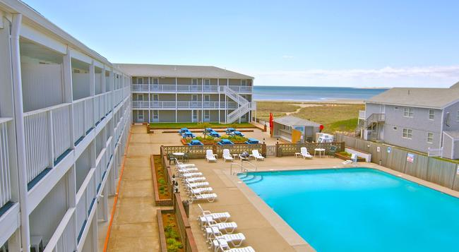Sandcastle Resort And Club - Provincetown - Pool