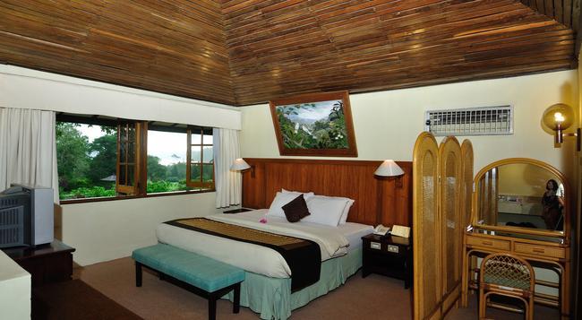 Bali Handara Golf & Country Club Resort - Buleleng - Bedroom