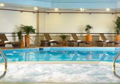Bristol Marriott Hotel City Centre - Bristol - Pool