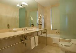 Hotel Astor - Miami Beach - Bathroom