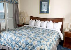 Bay Watch Resort & Conference Center by Oceana Resorts - North Myrtle Beach - Bedroom