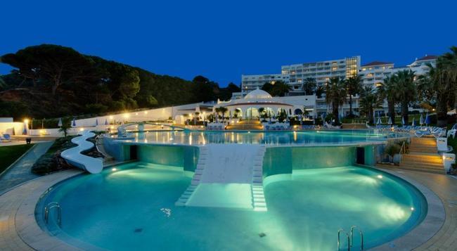 Oura View Beach Club - Albufeira - Pool