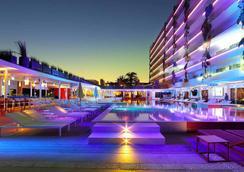 Ushuaia Ibiza Beach Hotel - Sant Jordi de ses Salines - Pool