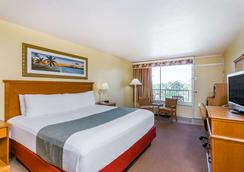 Ramada Plaza Fort Walton Beach Resort/Destin - Fort Walton Beach - Bedroom