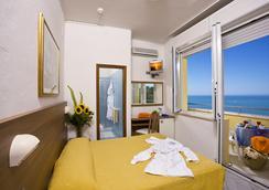 Hotel Promenade - Gabicce Mare - Bedroom