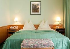 Hotel Astoria - Bad Hofgastein - Bedroom