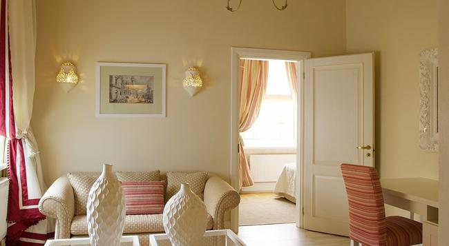 Apia Hotel - Vilnius - Bedroom
