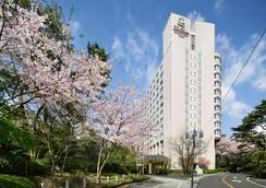 The Prince Sakura Tower Tokyo Autograph Collection - Tokyo - Building