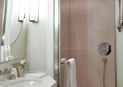 Hôtel Recamier - Paris - Bathroom