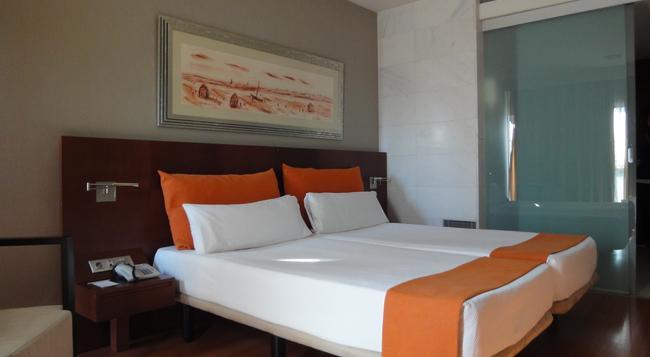 Eurohotel Barcelona Granvia Fira - L'Hospitalet de Llobregat - Bedroom