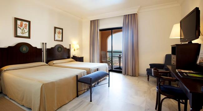 Hotel Duque De Najera - Rota - Bedroom