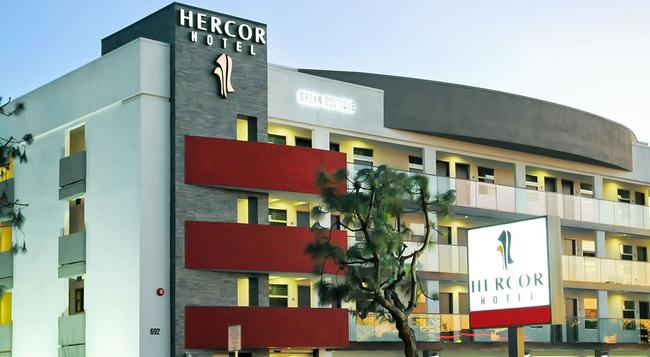 Hercor Hotel - Urban Boutique - Chula Vista - Building