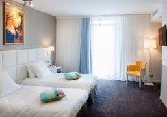 Hotel Chapelle et Parc - Lourdes - Bedroom