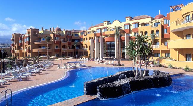 Grand Muthu Golf Plaza - San Miguel de Abona - Building