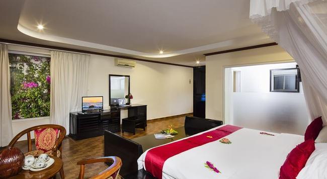 Rock Water Bay Beach Resort & Spa - Kê Gà - Bedroom