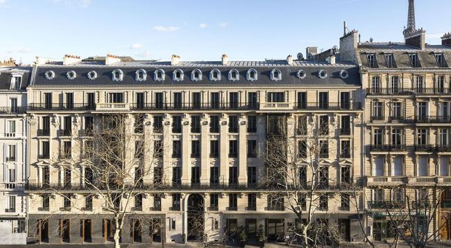 La Clef Tour Eiffel - Paris - Building