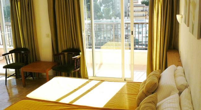 Hotel Lis - Palma de Mallorca - Bedroom