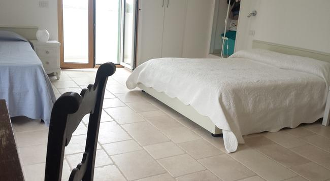 Villa Alessandra - Ostuni - Bedroom