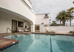 Comfort Suites San Clemente Beach - San Clemente - Pool