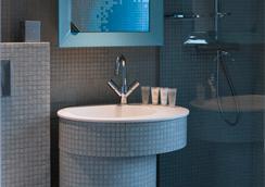 Nell Hotel & Suites, Bw Premier Collection - Paris - Bathroom
